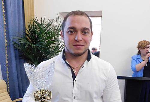 Руслан Албегов стал победителем чемпионата Российской Федерации потяжелой атлетике